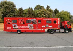Caravana SMURD oferă gratuit cursuri de prim-ajutor în acest sfârșit de săptămână la București