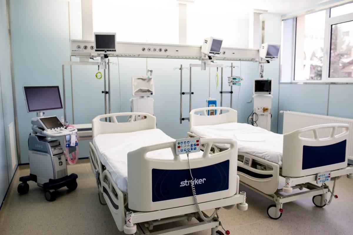 Iași: A fost inaugurată o nouă secție de terapie intensivă la Spitalul de Neurochirurgie