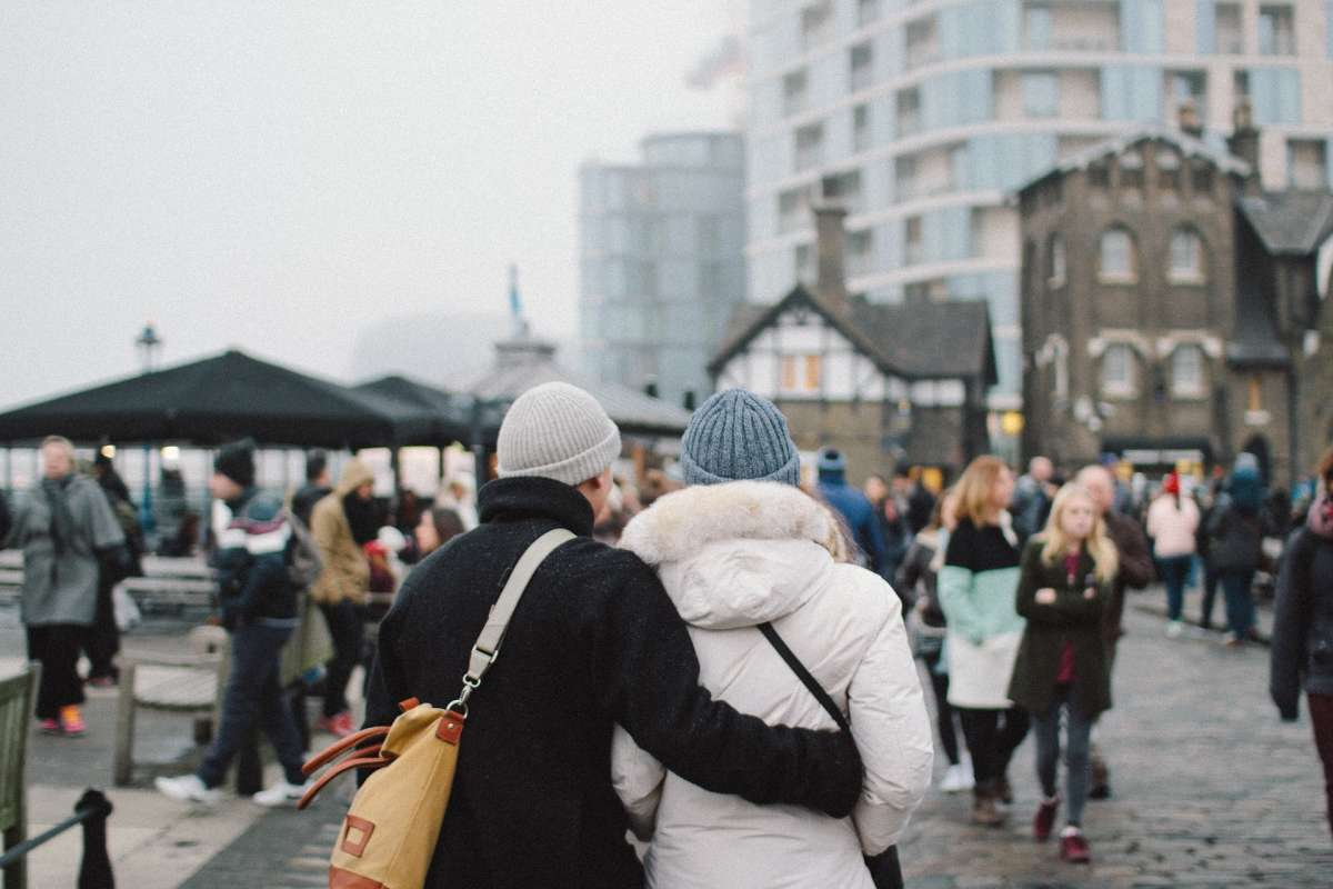 MAE le recomandă turiștilor români aflați în alte țări să revină urgent acasă