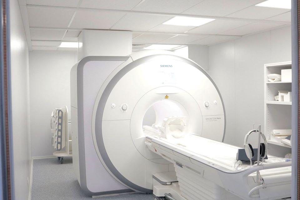 Iași: Aparat ultraperformant de rezonanţă magnetică SIEMENS MAGNETOM la Spitalul Clinic Militar de Urgenţă Dr. Iacob Czihac