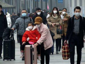 """Pentru a evita o nouă epidemie, China blochează un oraș de 11 milioane de locuitori . Ultimele informații despre virusul """"Wuhan"""""""