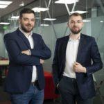 Doi tineri români oferă o alternativă digitală la abonamentele medicale