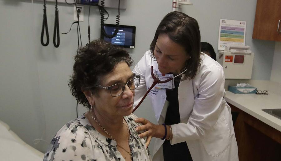 Medicii de familie: în această perioadă, mai mult ca oricând, au prioritate la consultații persoanele cu afecțiuni acute